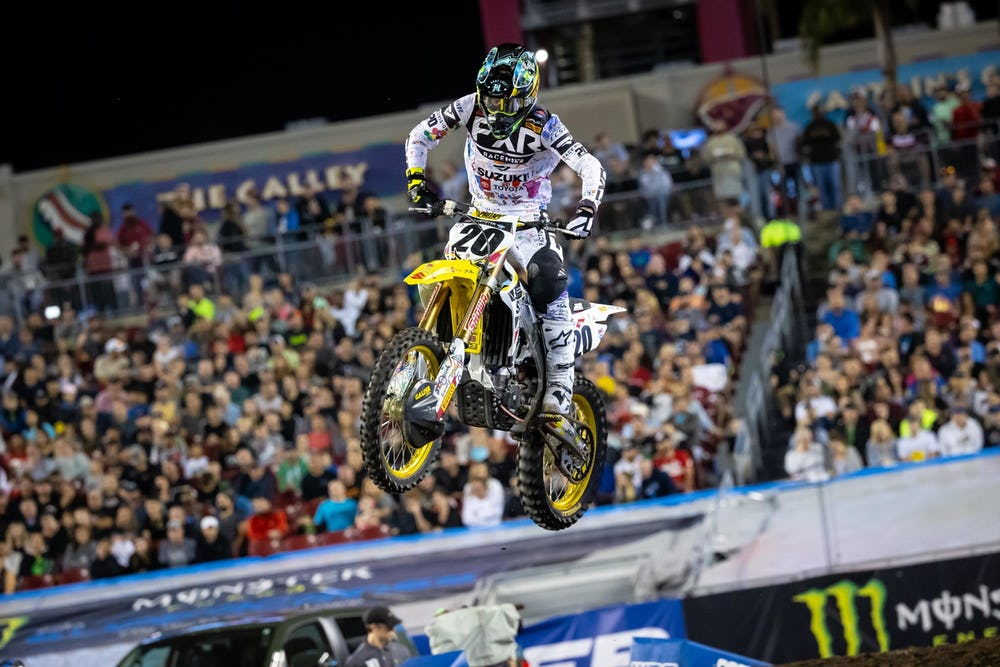 AMA SX 2020: JGR Suzuki confirma os retornos de Tickle e Noren para a reta final em Salt Lake City